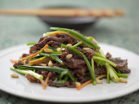 牛肉とニラの炒めもの
