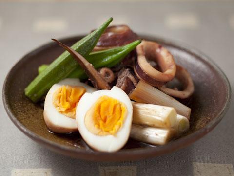 イカと卵の煮物