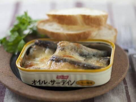 オイルサーディンのチーズ焼き