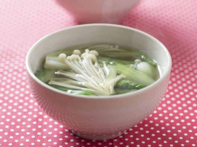 チンゲン菜とえのきのスープ