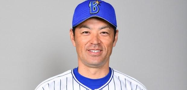 上田佳範  外野手