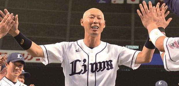 森本稀哲  外野手